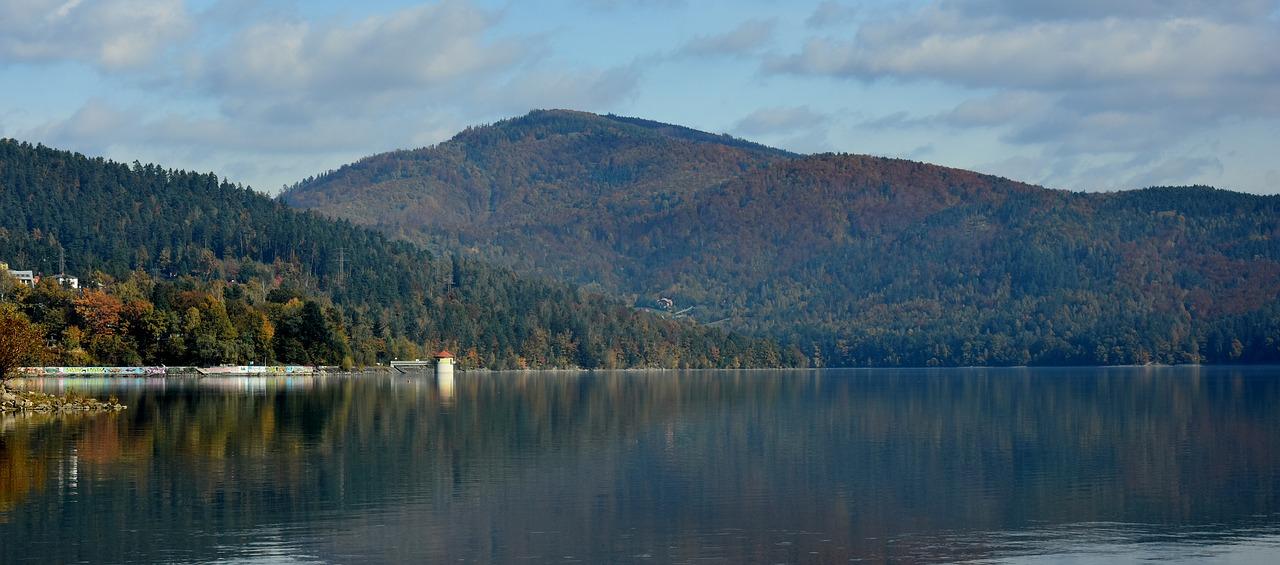 Pomysł na wakacyjny wypad: Jezioro Żywieckie